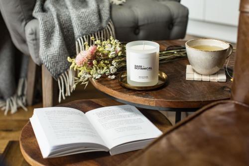 Comfort therapeutic candle  40