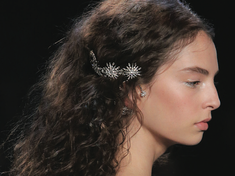 Marchesa Hair Embellishment - Hair trend summer 2017