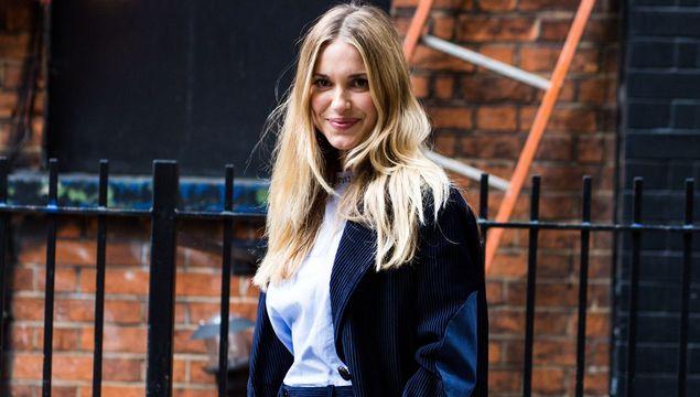 Caroline Issa = work wardrobe goals