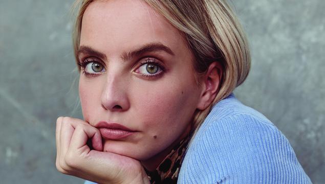 3e2209d1bdc Derry Model Joanna Cooper Talks Insta-Fame