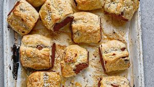 Thumb roz purcell vegan sausage rolls credit joanne murphy