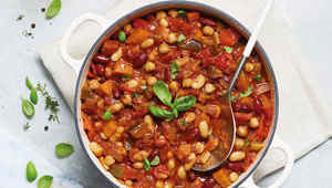 Thumb aldi slow cooker vegan bean chilli