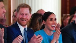Thumb_prince-harry-duke-of-sussex-and-meghan-duchess-of-sussex-news-photo-1585256322