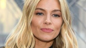 Thumb sienna miller louis vuitton photocall paris pswjepvtglyl