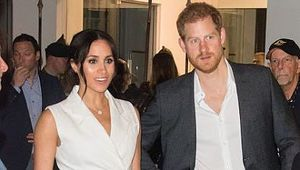 Thumb meghan markle white blazer tuxedo dress z