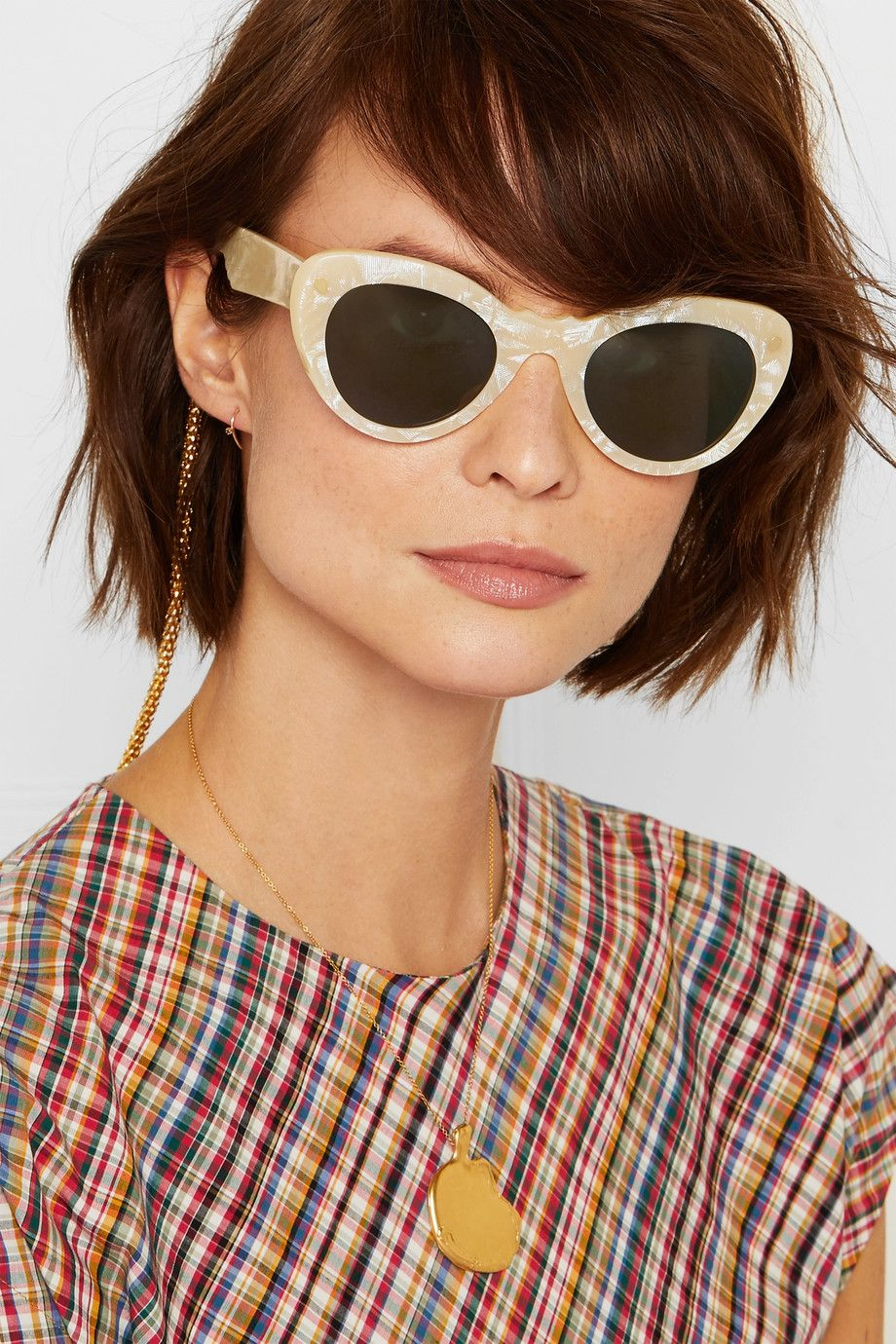 0c1e807f33 The Most Trending Sunglasses Shapes of the Summer